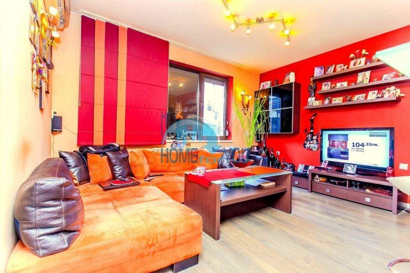 Трехкомнатная квартира для продажи в Софии, кв. Быкстон 2