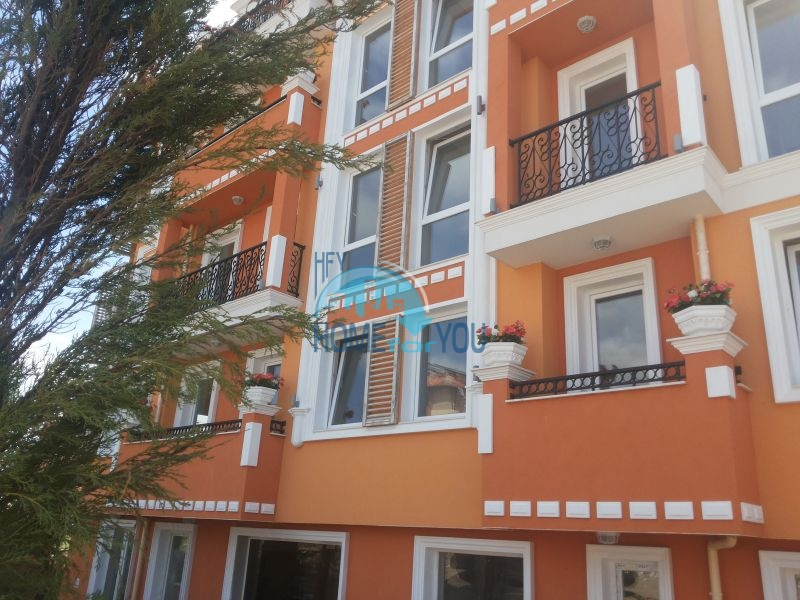 Riviera Garden - квартиры для продажи на море в центре Равды 7