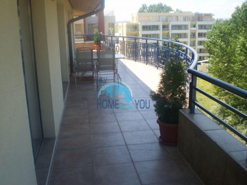 Шикарная новая трехкомнатная квартира с мебелью на Солнечном берегу
