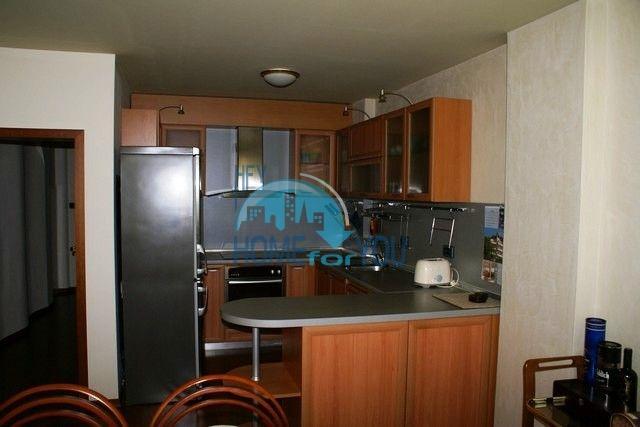 Трехэтажный меблированный дом в Варне, Евксиноград 5