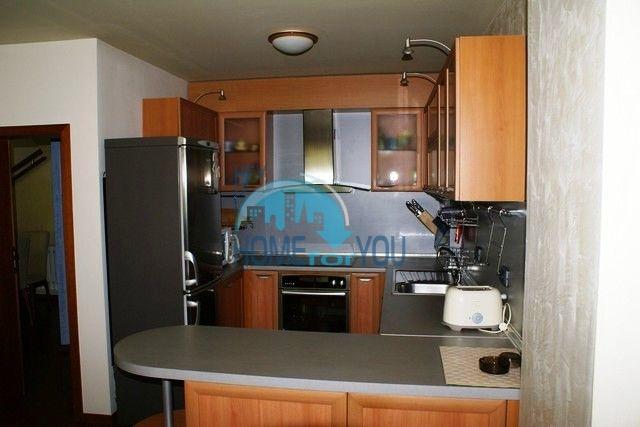 Трехэтажный меблированный дом в Варне, Евксиноград 6