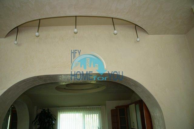Трехэтажный меблированный дом в Варне, Евксиноград 18