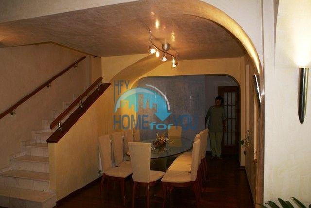Трехэтажный меблированный дом в Варне, Евксиноград 36