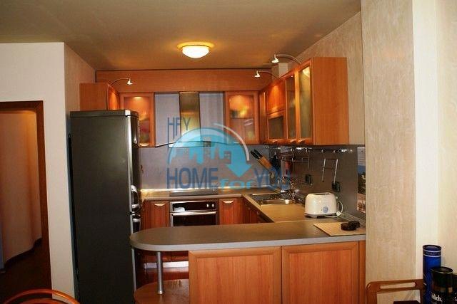 Трехэтажный меблированный дом в Варне, Евксиноград 43