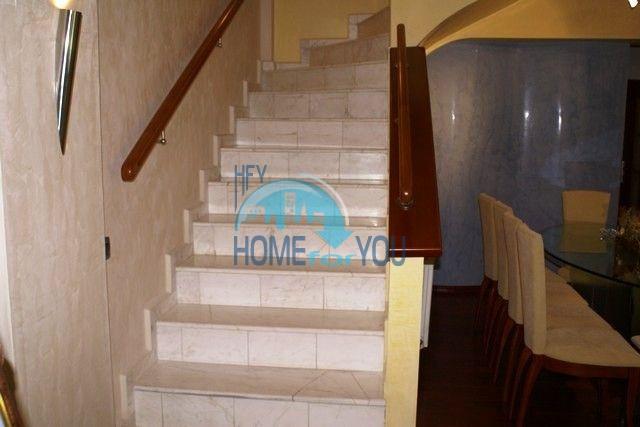 Трехэтажный меблированный дом в Варне, Евксиноград 47