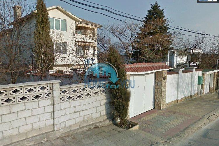 Трехэтажный меблированный дом в Варне, Евксиноград 52