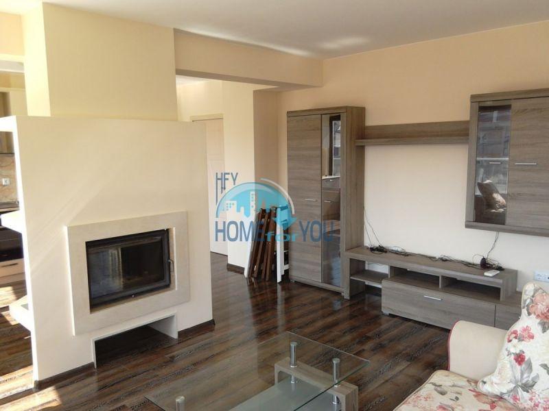 Отличный трехкомнатный апартамент в центре Варны 2