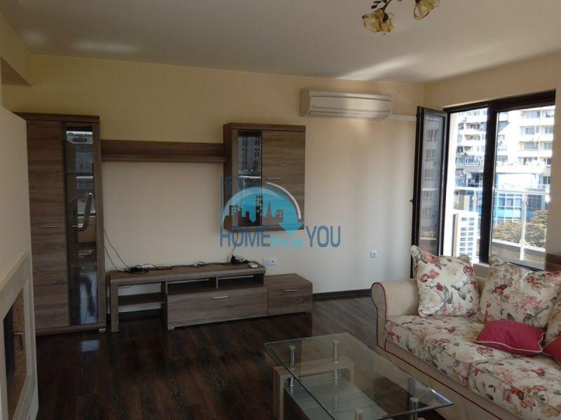 Отличный трехкомнатный апартамент в центре Варны 4