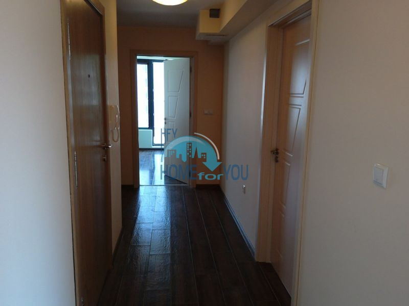 Отличный трехкомнатный апартамент в центре Варны 15