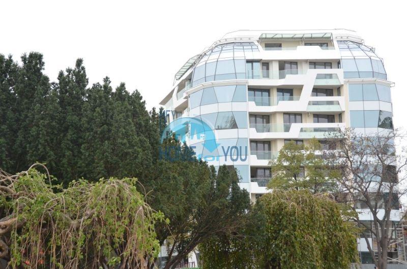 Трехкомнатная квартира в идеальном центре города Бургас