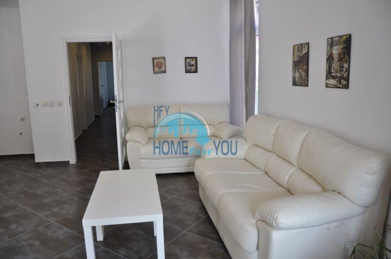 Новый одноэтажный дом с мебелью в городе Царево 10
