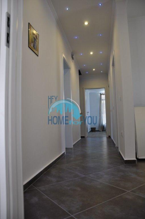 Новый одноэтажный дом с мебелью в городе Царево 14