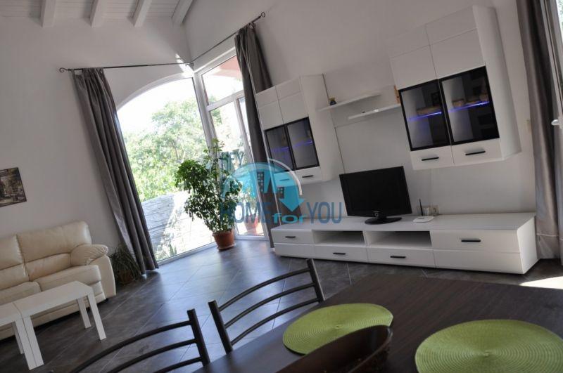 Новый одноэтажный дом с мебелью в городе Царево 3