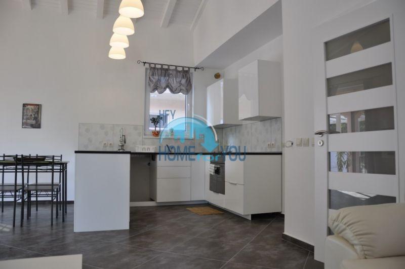 Новый одноэтажный дом с мебелью в городе Царево 9