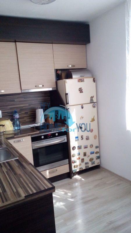 Меблированная квартира в Лазуре в городе Бургас 2