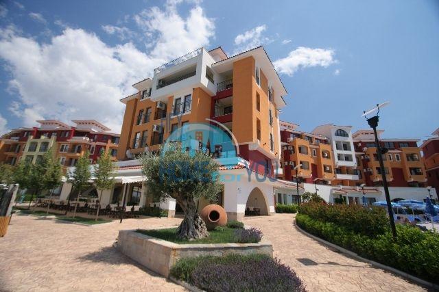 Продажа большой студии на первой линии в курорте Ахелой, Марина Кейп 2