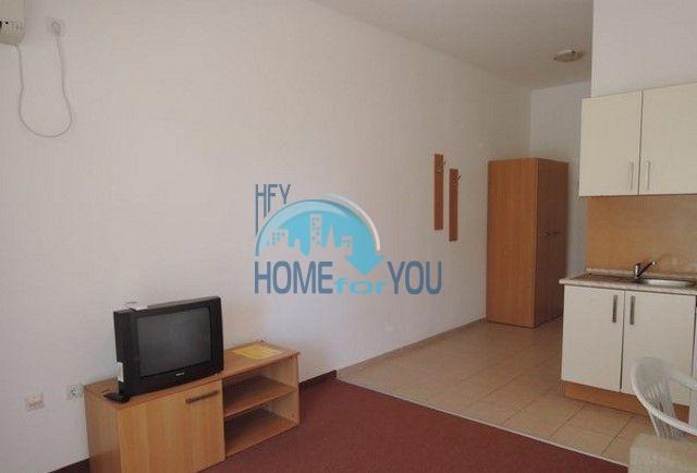 Продажа большой студии на первой линии в курорте Ахелой, Марина Кейп 6