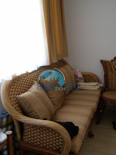 Двухкомнатная квартира на первой линии моря в курорте Солнечный берег 20