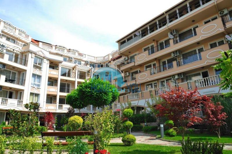 Стильная двухкомнатная квартира с мебелью у моря в городе Несебр, комплекс Мелия-6