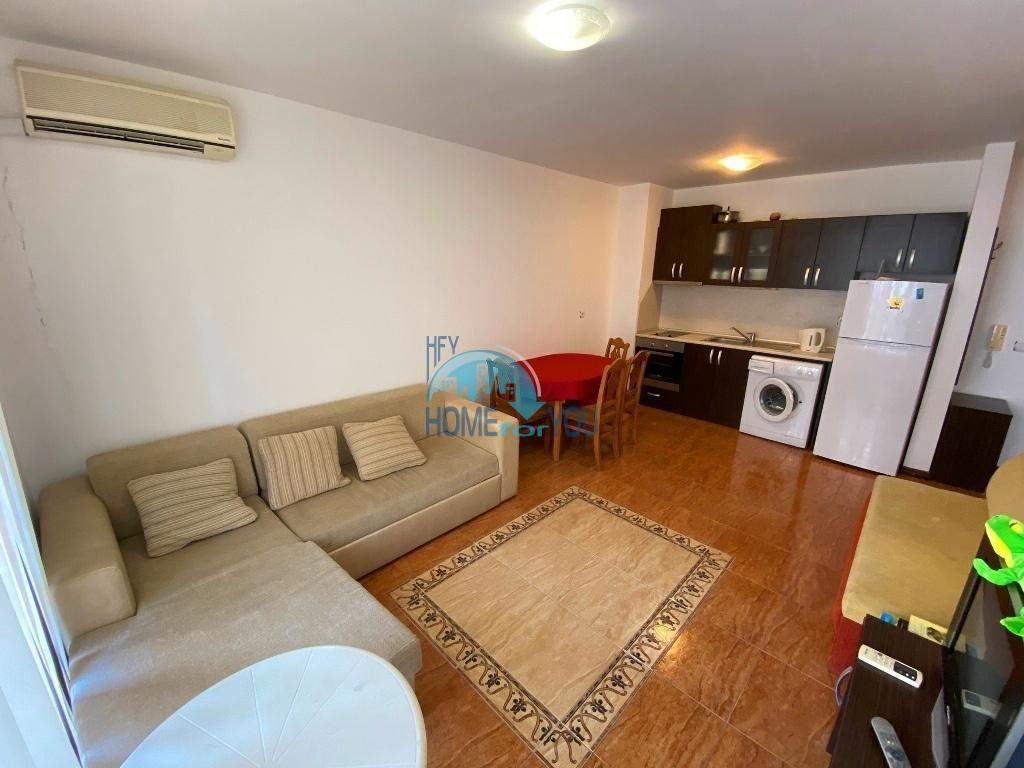 Первая линия - двухкомнатная квартира 60 кв.м в курортном городе Равда