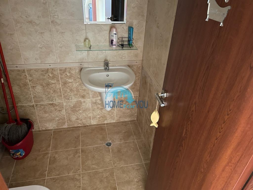 Отличная четырехкомнатная квартира с панорамным видом в Несебре
