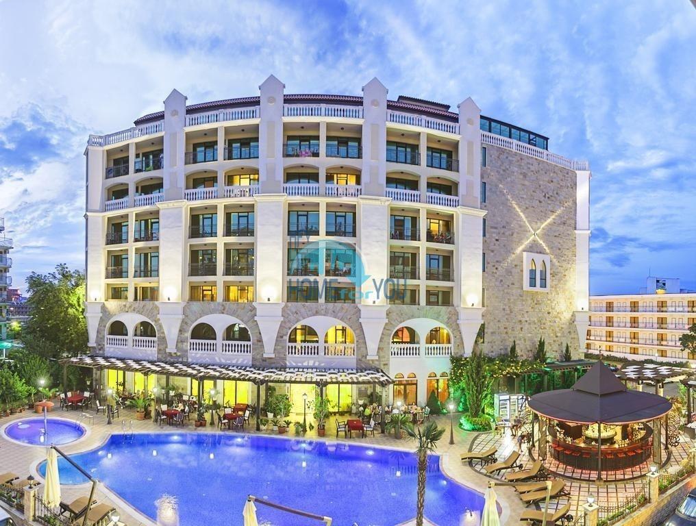 Солнечный берег, комплекс ,,Вавилон''. Большая двухкомнатная квартира - 85 кв.м. с видом на море