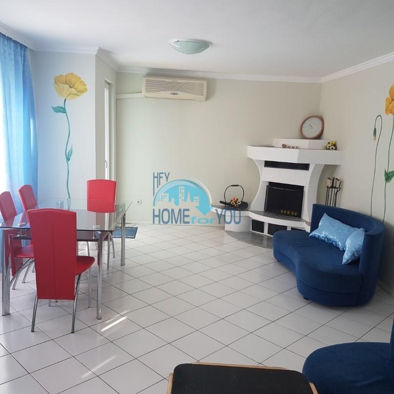 Варна. Большая двухкомнатная квартира в центре города