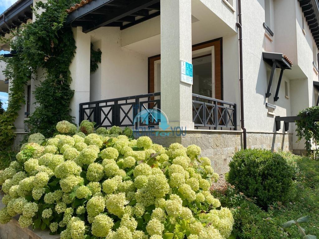 Двухкомнатная просторная квартира 94,18 кв.м с видом на живописный ландшафт