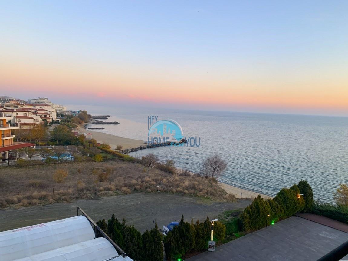 Святой Влас, комплекс ,,Гранд отель Святой Влас''. Просторная двухкомнатная квартира. Панорамный вид на море!