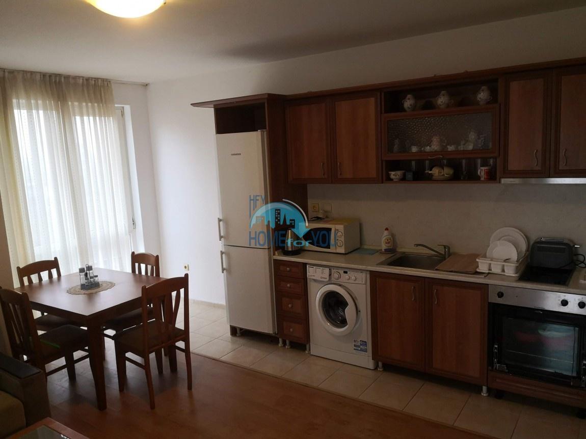 Несебр, район ,,Черно море''. Отличная, меблированная двухкомнатная квартира