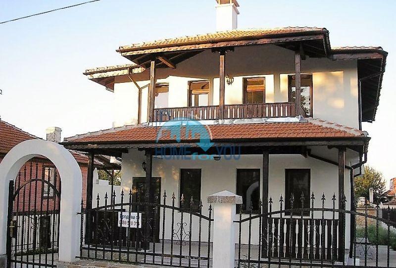 Двухэтажный новый дом для продажи в селе Велика, Царево