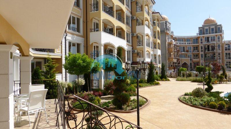 Квартиры для продажи в комплексе Элитония Гарденс в Равде