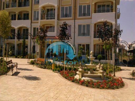 Квартиры для продажи в комплексе Элитония Гарденс в Равде 6