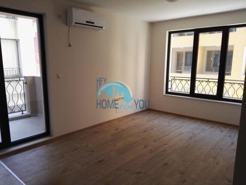 Трехкомнатная квартира в новом жилом доме в городе Поморие 3