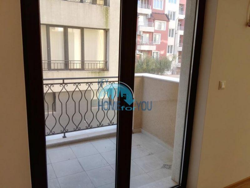 Трехкомнатная квартира в новом жилом доме в городе Поморие 6