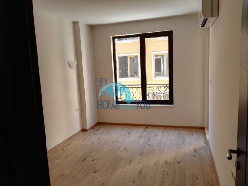 Трехкомнатная квартира в новом жилом доме в городе Поморие 8
