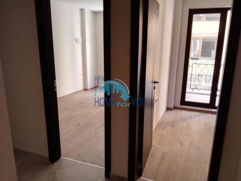 Трехкомнатная квартира в новом жилом доме в городе Поморие 2