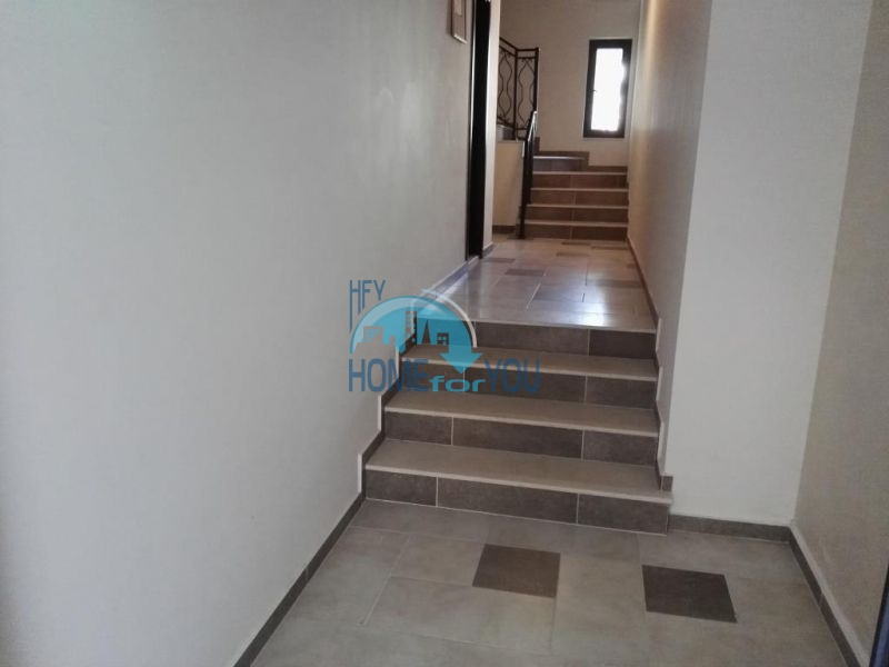 Трехкомнатная квартира в новом жилом доме в городе Поморие 19