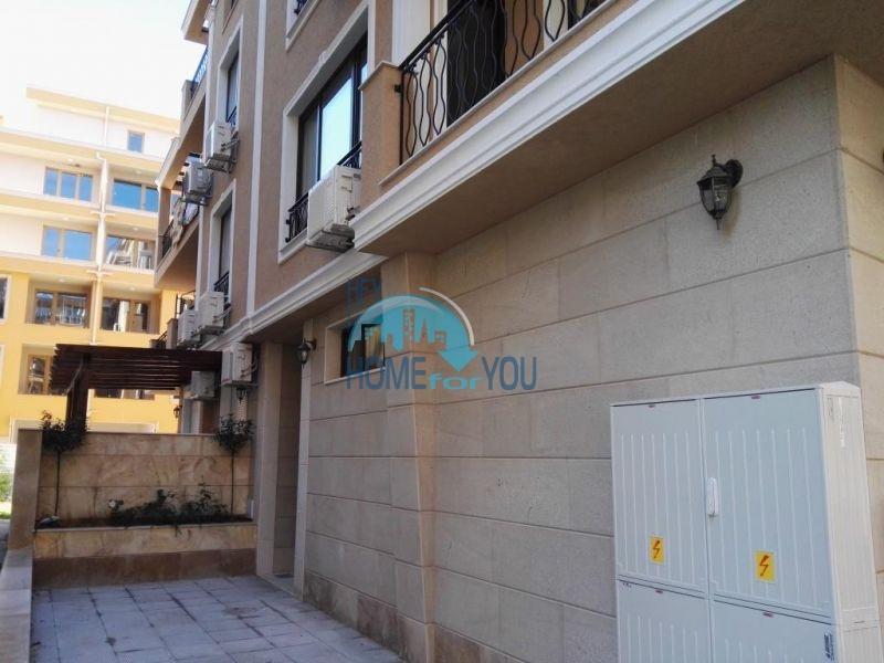 Трехкомнатная квартира в новом жилом доме в городе Поморие 21