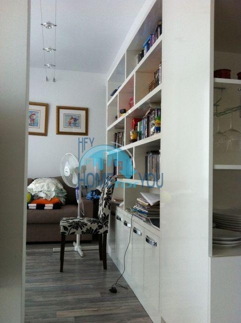 Четырехкомнатная квартира в элитном комплексе в Поморие 12