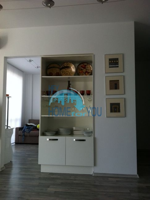 Четырехкомнатная квартира в элитном комплексе в Поморие 9