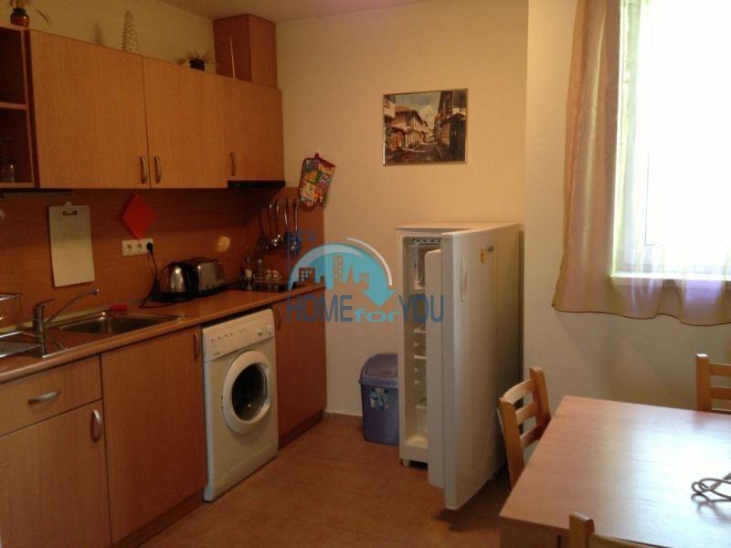 Отличная меблированная двухкомнатная квартира с моркой панорамой 3