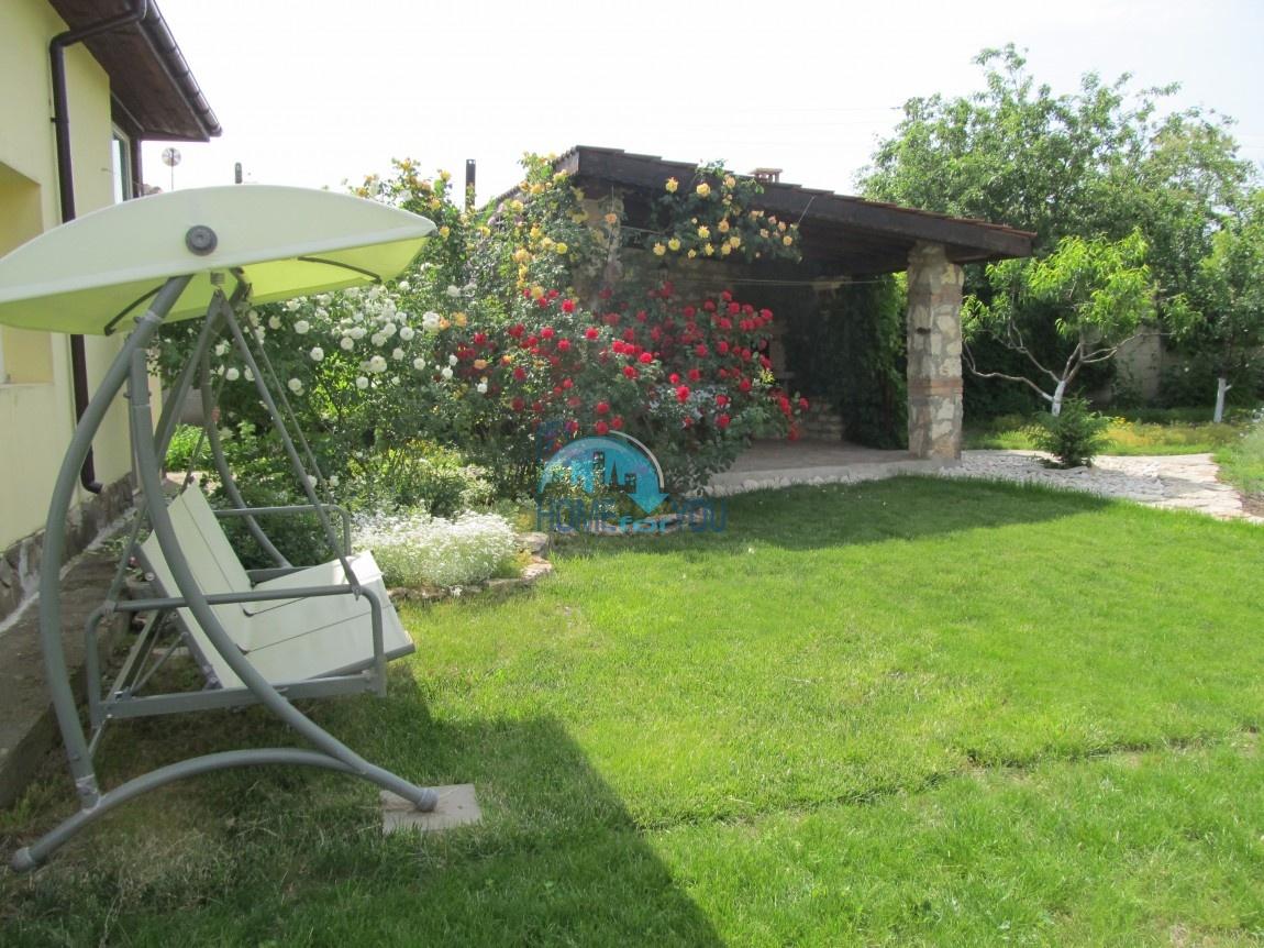 Отличный небольшой дом для ПМЖ в селе Сенокос в 15 км от Балчика