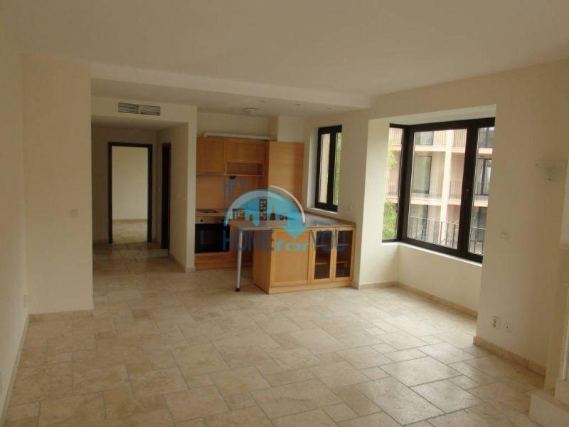 Трехкомнатная квартира на первой линии в Балчике комплекс Калиакрия Гарден 8