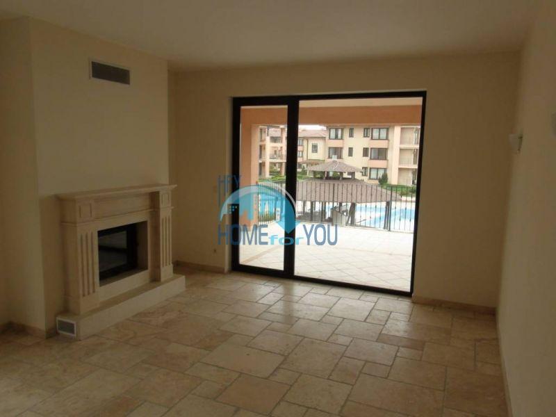 Трехкомнатная квартира на первой линии в Балчике комплекс Калиакрия Гарден 9