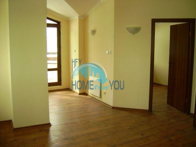Двухкомнатная квартира недалеко от подъемника в городе Банско 11