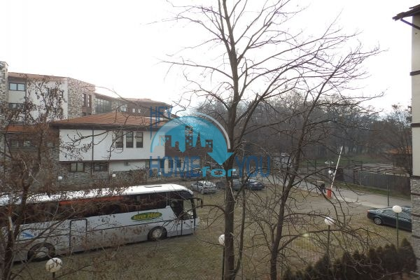 Двухкомнатная квартира в центре Банско 12