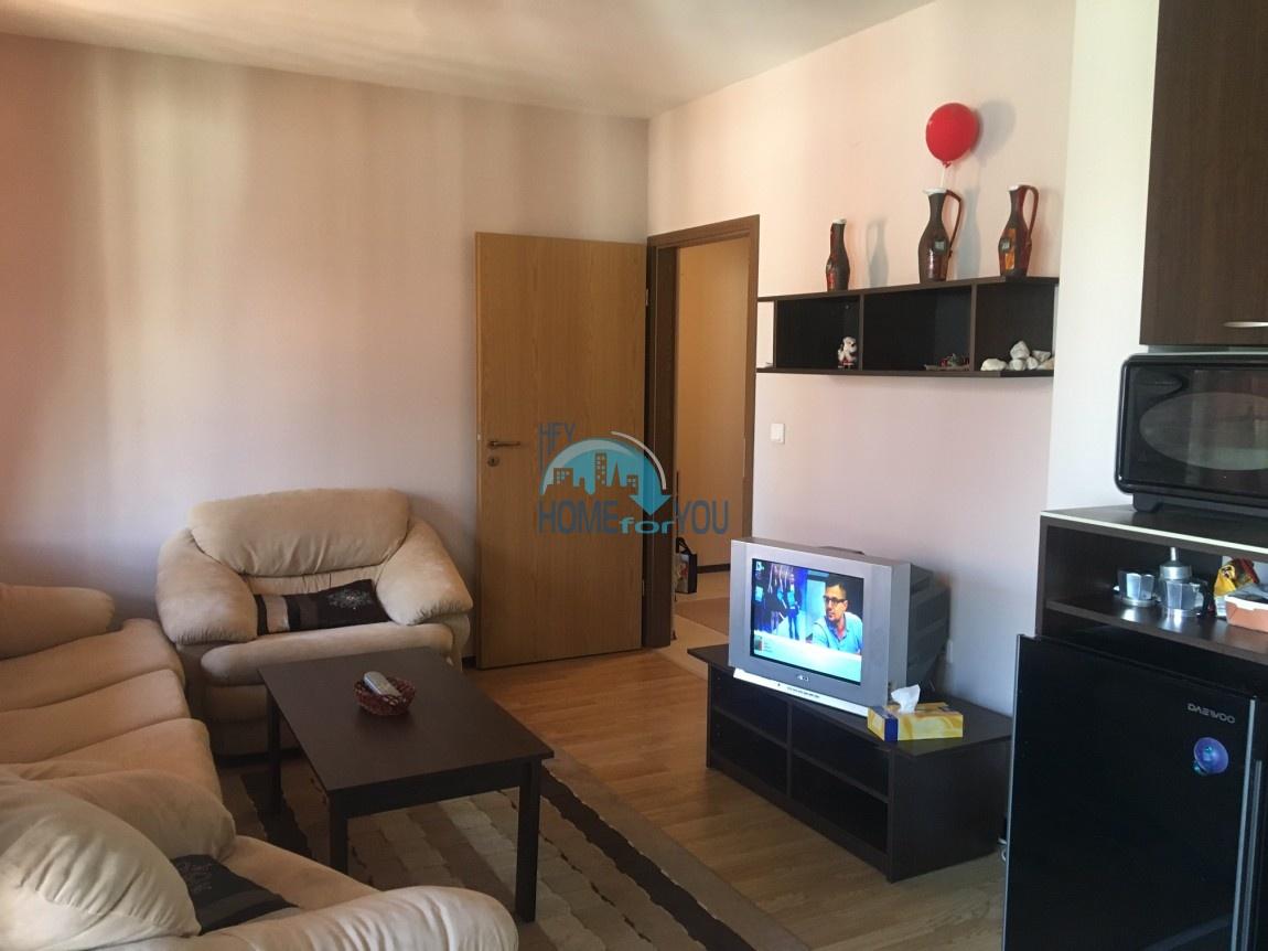 Меблированная двухкомнатная квартира в городе Банско