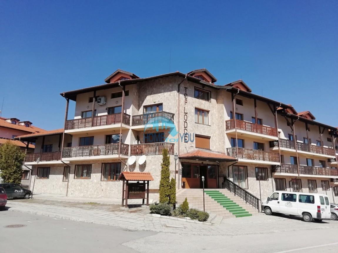 Меблированная трехкомнатная квартира в комплексе Топ Лодж, Банско