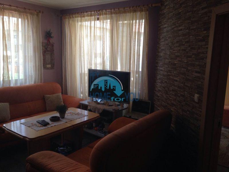 Уютная двухкомнатная квартира на продажу в горах Банско